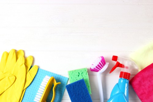good-scrub-brushes-and-microfiber-towels