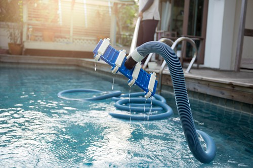 safest-ways-of-disinfecting-pool-water